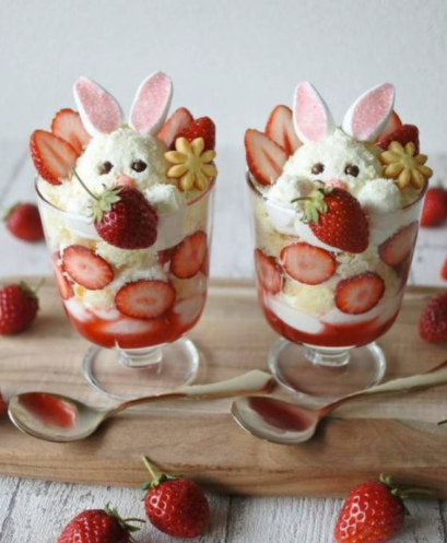 triffle straberry egge png